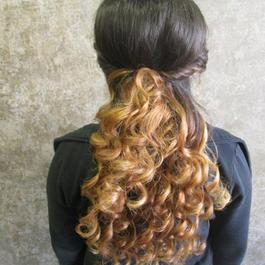 Abendfrisur - Hairstyling & More